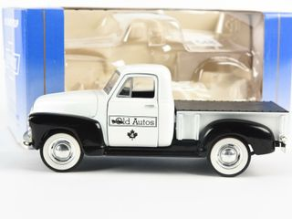 lIBERTY OlD AUTOS 1952 3100 CHEVROlET PICKUP BANK