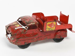 ANTIQUE lINCOlN TOYS FIRE DEPT  TRUCK  SMAll SIZE
