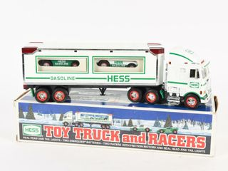 HESS TOY TRUCKS   RACERS   BOX  NOS