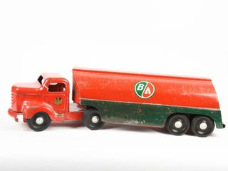 MINNITOYS B A  GREEN RED  FUEl TANKER