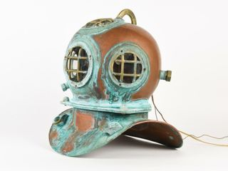 FUll SIZE DEEP SEA DIVING HElMUT   REPRO