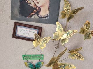 Miscellaneous Wall Hangings