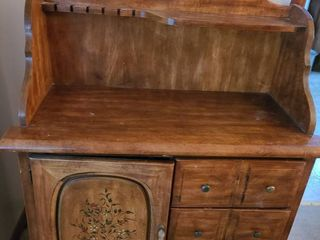 BUFFET with Storage and 3 Drawers  35  x 17 5  x 11  Matching China Hutch lot  1003  if Interested