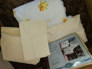 Full Size Sheets and Pillowcases