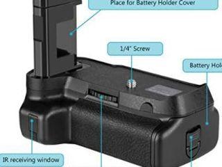 Neewer   Battery Grip for Nikon D3400