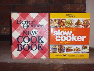 Better Homes and Gardens Cook Book and Slow Cooker Recipes
