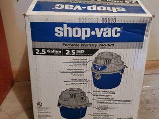 2 5 Gallon Shop Vac in Box