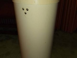 Plastic Vintage Trash Can with lid and Vent Holes