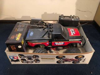 Black Foot Ford F 150 Ranger 1 10th Scale Model Rectifier Corporation TAMIYA Brand with a Vintage Royce 23 Channel AM CB Transceiver Gyro lock Model 1 601 location Master Bedroom 23 x 15 x 6 Inches