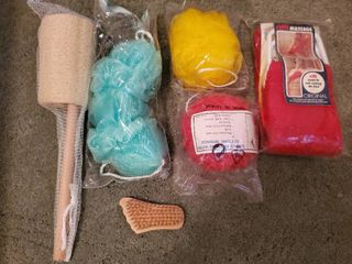 lot of 6 Bath Accessories loofah and More