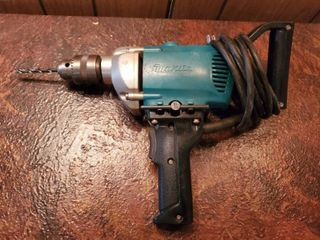 Makita 13MM Double Insulated Drill  Tested and Working