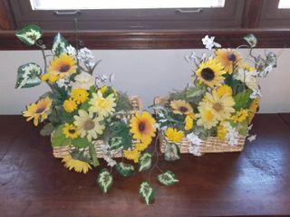 lot of 2 Plastic Flower Arrangement Hanging Baskets Spring Themed