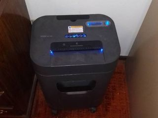 large Royal Crosscut Shredder Tested And Working