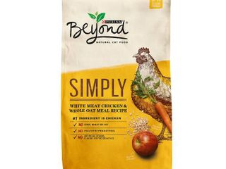 Purina Beyond Natural limited Ingredient Dry Cat Food  Simply White Meat Chicken   Whole Oat Meal Recipe  6 lb  Bag