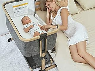AMKE 3 in 1 Baby Bassinets  Baby Bedside Sleeper  Baby Crib with Storage Basket for Newborn  Arms Reach Co Sleeper  Adjustable Portable Baby Bed  Bedside Bassinet  Comfy Mattress Travel Bag Included
