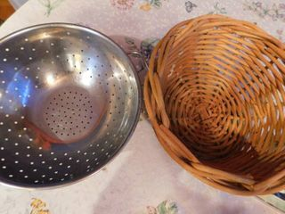 Heavy Basket   Metal Colander