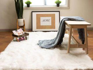 Silver Orchid Parrott Faux Fur Sheepskin Area Rug  Retail 145 99