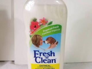 lambert Kay Fresh n Clean Oatmeal and Baking Soda Pet Shampoo  18 Ounce