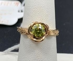 14k Yellow Gold   95ct VIBRANT Green Diamond Floral Ring