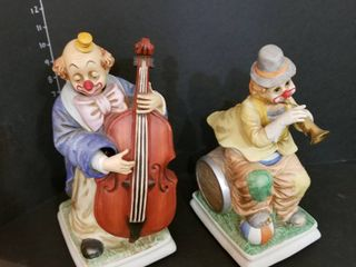 Animated clowns battery operated