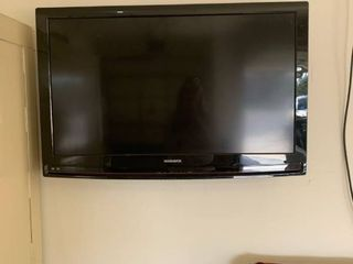 Magnavox 37in tv with remote