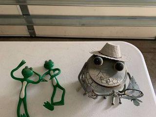 Frog decor