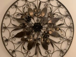 Metal wall art 30 in round