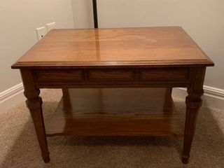 Small side table 19 x 28 x 20
