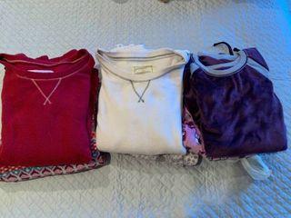 Three pairs ladies pajamas
