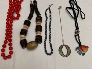 Set if five necklaces and one pair of earrings