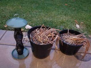 Bird feeder  2 plastic pots