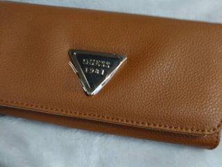 Guess 1981 Brown Wallet