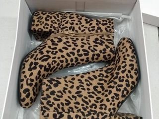 Bar Iii Gatlin Block Heel Booties  Size 6M