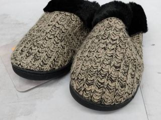 Mukluks Slippers  Size l 9 10