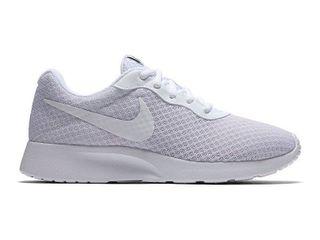Nike Women s Tanjun Sneakers  Size 9