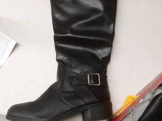 Arizona brand Gillian black booties size 7 5