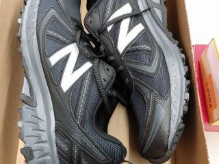 New Balance Men s MT410 v5 Running Sneakers from Finish line  Size 12M