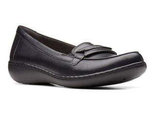 Clarks Collection Women s Ashland lily loafers Women s Shoes  Size 8 5M