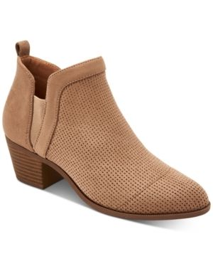 Style   Co Women s Myrrah Perforated Ankle Booties  Size 8 5M