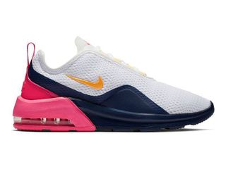 Nike Women s Air Max Motion 2 Shoes  Size 7 5M