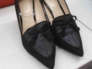 liz Claiborne lC Athena Black size 7 5