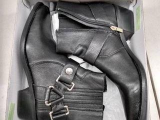 Dkny Women s Mina Booties  Size 9
