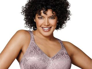 Playtex 18 Hour Ultimate lift and Support Wireless Bra 4745