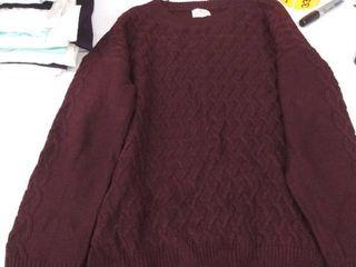 women s xl sweater  2 snags