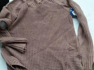 Women s medium sweater