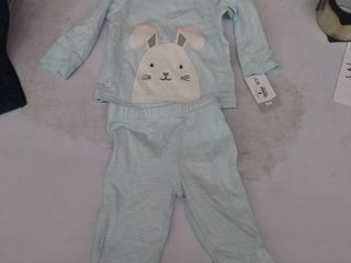 baby 9mos outfit small spot on back of pants