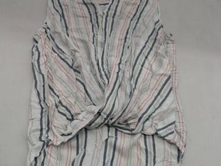 liz Claiborne Shirt  Size large