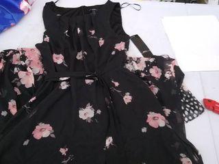 Women s Dress size 6