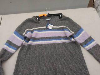 juniors medium sweater