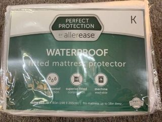 Allergy Protection Waterproof Mattress Protector   AllerEase   King Size  RETAIl  34 99